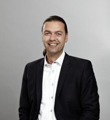 Bernd L.